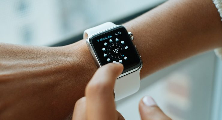 Smartwatch sales are tanking